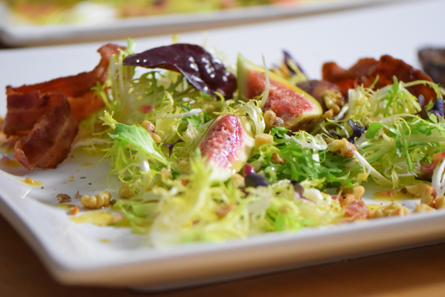 kalbsleber-mit-feigen-frisee-salat-7
