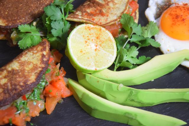 tortillas-mit-paprika-chili-salsa-4
