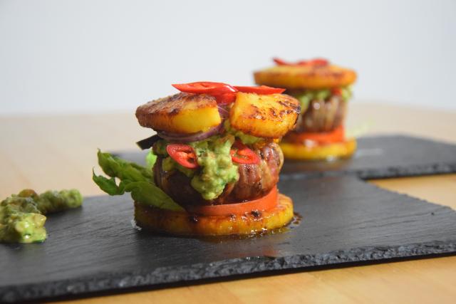 Ananas-Burger mit Avocadocreme (12)