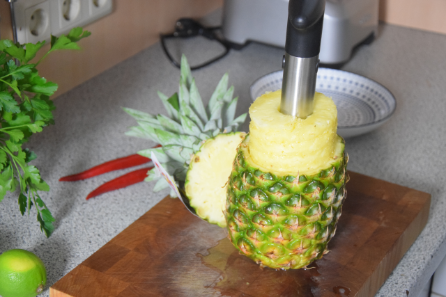 Ananas-Burger mit Avocadocreme (3)