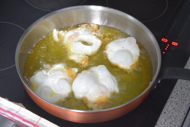 Frittierter Eiersalat (3).png