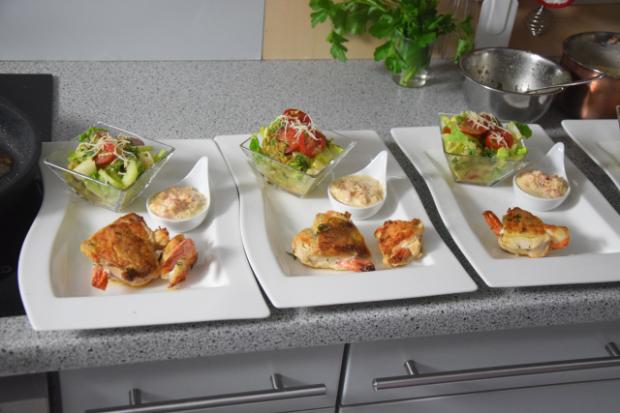 garnelenhuhn-mit-cocktailsauce-im-salat-5