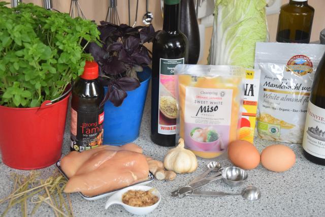 Paniertes Hähnchen mit Miso-Mayonnaise (1)
