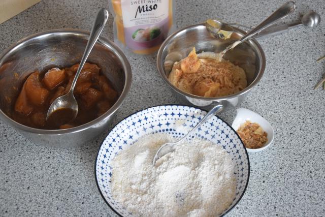 Paniertes Hähnchen mit Miso-Mayonnaise (2).png