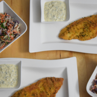 Scholle paniert mit Krautsalat und Sauce Tatar