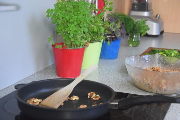 Fregola-Salat mit Spargel und Shiitake-Pilzen (3)