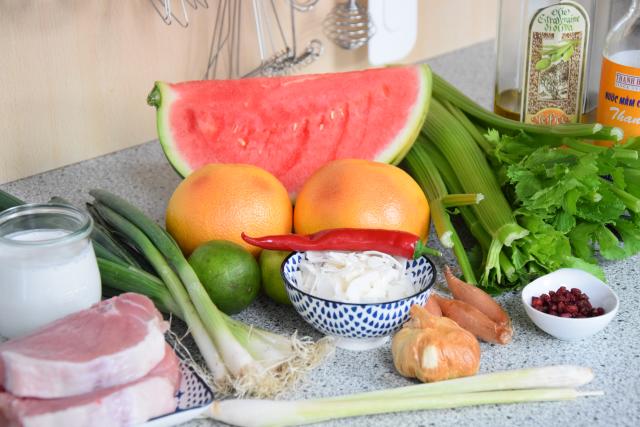 Schweinskarree mit Wassermelone (1)
