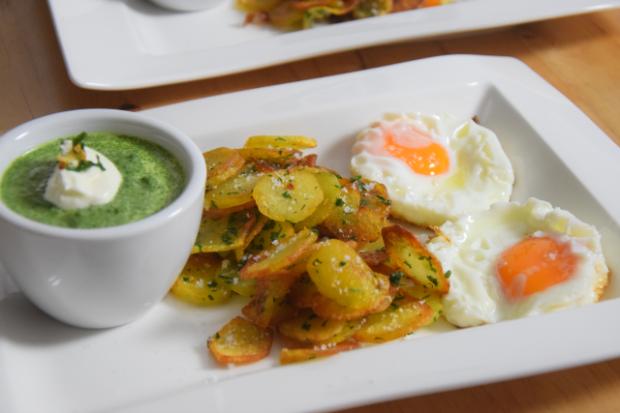 Spinat mit Spiegelei und Kartoffeln nach Art von Sarlat (5)