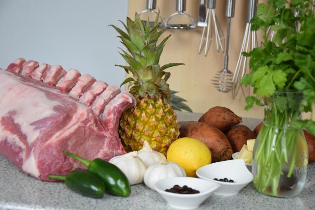 Schweinskotelett mit Süßkartoffel Frites (1)