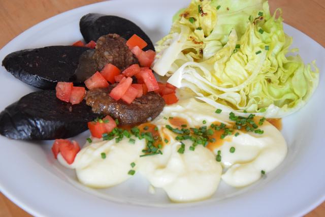 Blutwurst mit Kartoffelpüree (4)