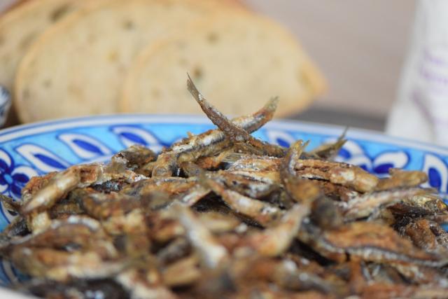 Frittierte Sardinen (6)