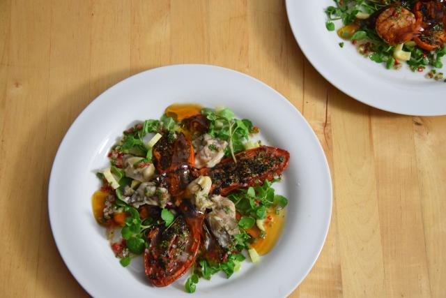 Salat mit Austern, Dashigelee und geröstete Tomaten (10)