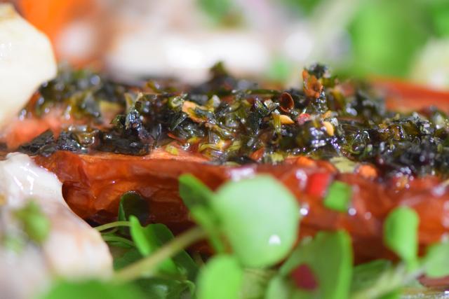 Salat mit Austern, Dashigelee und geröstete Tomaten (14)