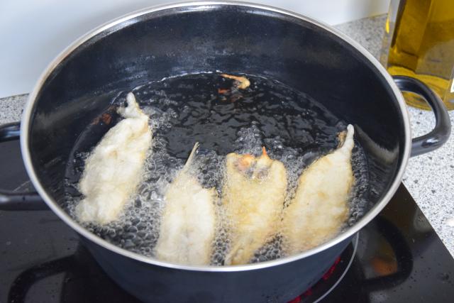Sardinen mit gegrillten Romanasalatherzen und Estragon-Jus (6)