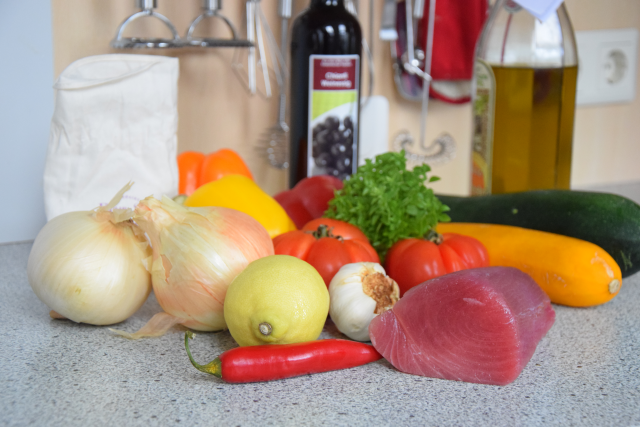 Thunfisch und ein bisschen Gemüse (1)
