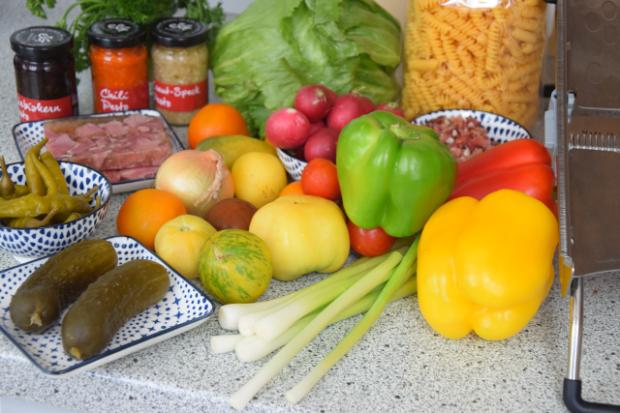 Kalte Pesto-Nudelsalate (1)