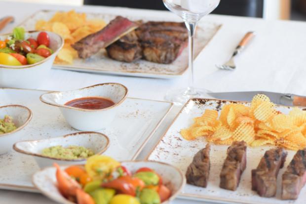 Steak mit Kartoffelwaffeln (21).png