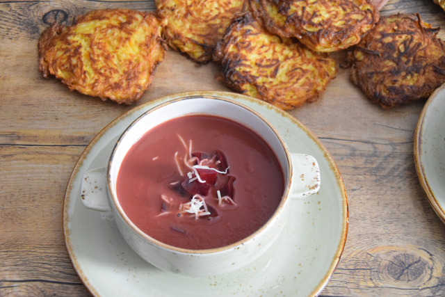 Rote-Bete-Suppe mit Kren (3)