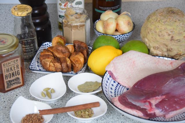 Ente und Feigen-Chutney mit Sellerie-Nestern (1)