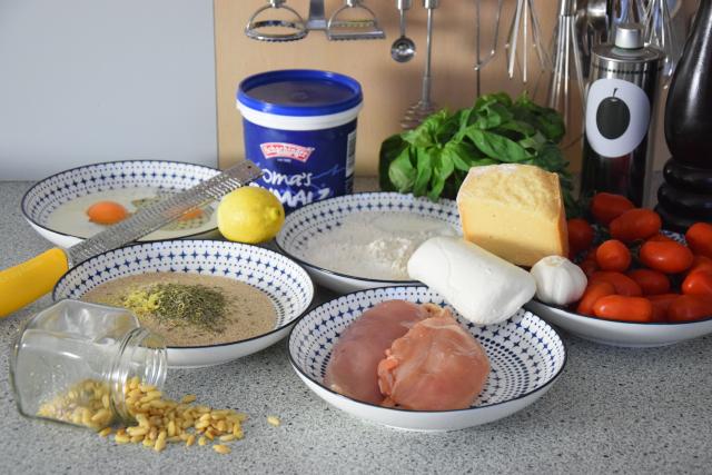 Escalope Chicken Pesto Mozzo (1)
