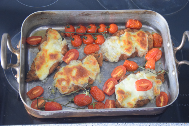 Escalope Chicken Pesto Mozzo (2)