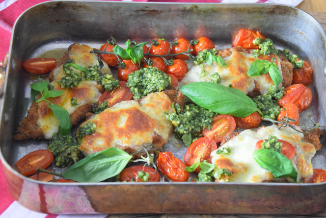 Escalope Chicken Pesto Mozzo (3)
