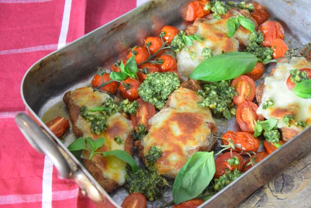 Escalope Chicken Pesto Mozzo (6)