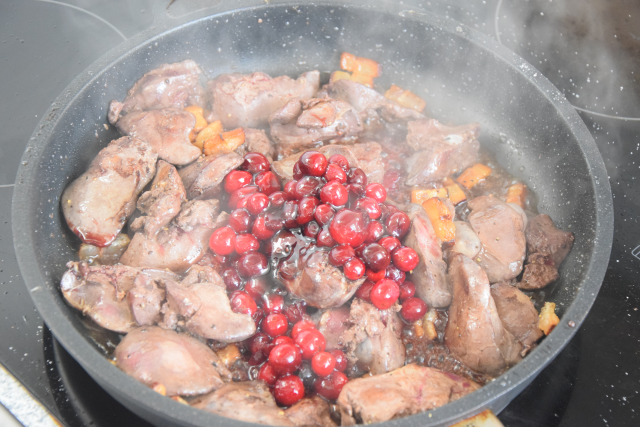 Hühnerleber mit Cranberries (3)