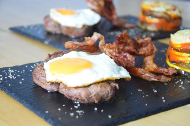 Steak mit Ei (6)