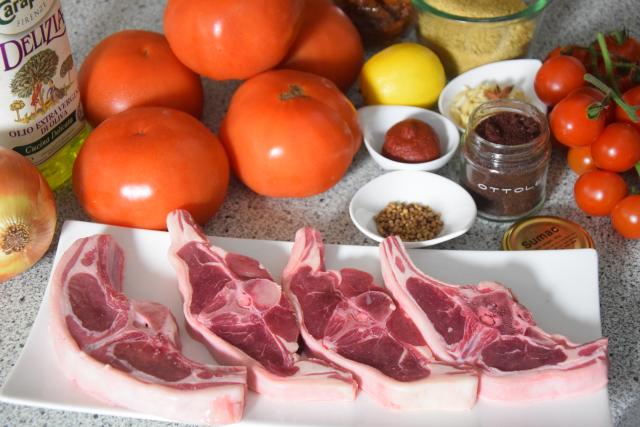 Lammkoteletts mit Sumach und Tomaten-Couscous (1).png