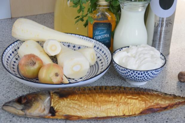 Pastinakensuppe mit Makrele (1).png