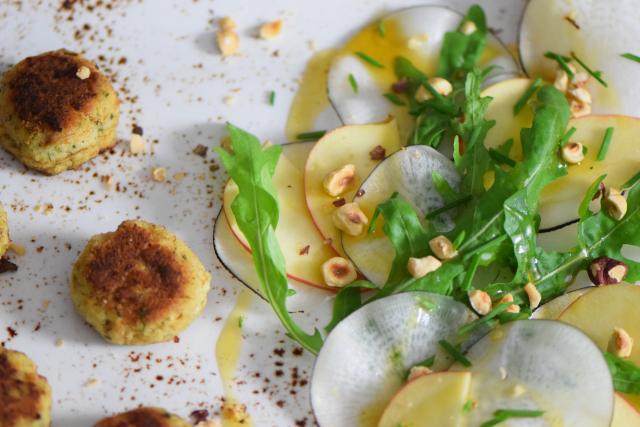 Saiblingspflanzerl mit Haselnuss-Salat (10)