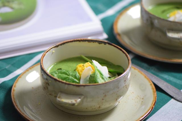 Spinat-Kokossuppe mit Paradieskorn-Chutney (3)