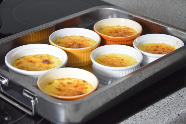 Wacholderkuchen mit Blaukraut-Pickles und Blaubeer-Senf (2)