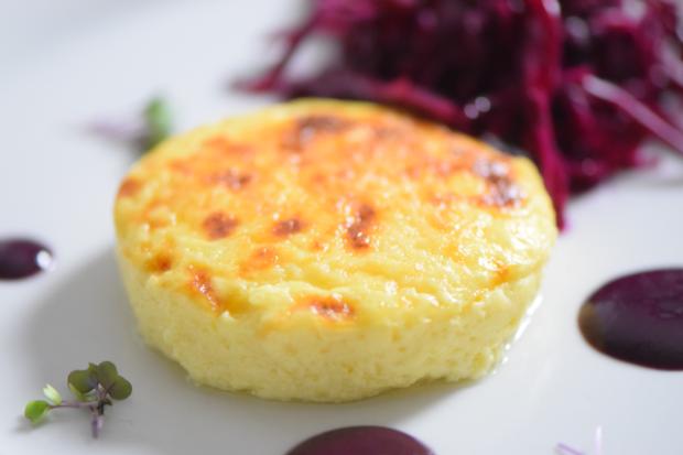 Wacholderkuchen mit Blaukraut-Pickles und Blaubeer-Senf (7)