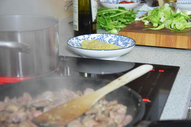 Hühnerherzen mit Catalogna (3)