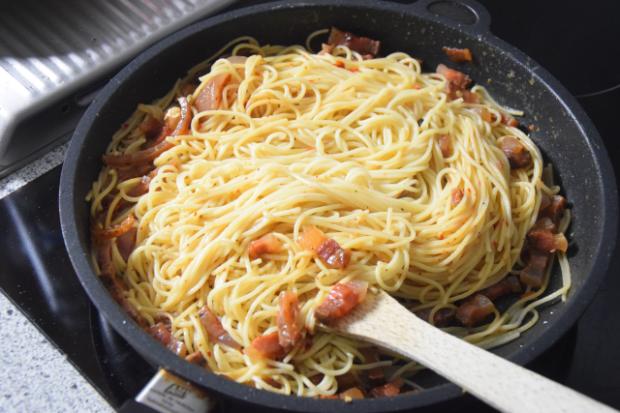 Spaghetti mit Guanciale (2)