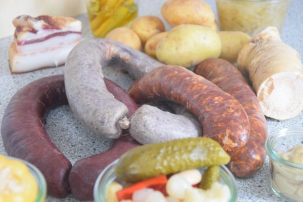 Mangalitza-Blutwurst und -Leberwurst, kolbász (1)