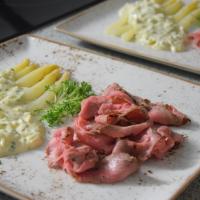 Roastbeef, Spargel, Bozner Sauce