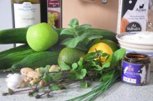 Zutaten Joghurt-Gazpacho mit Gurkenminze und Apfel