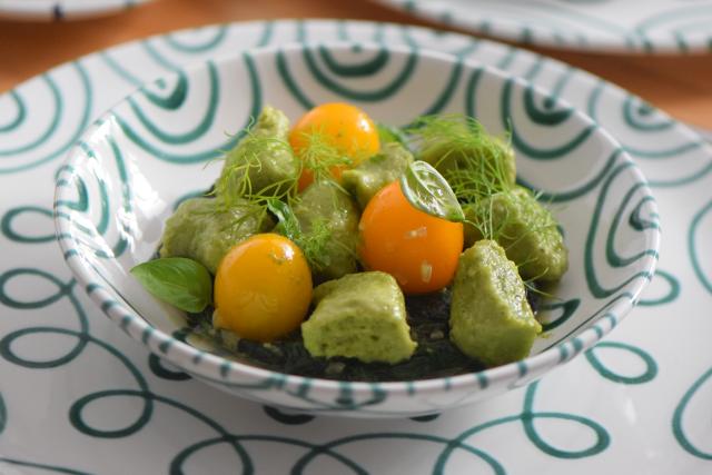 Basilikum-Gnocchi mit Spinat und Tomaten (5)