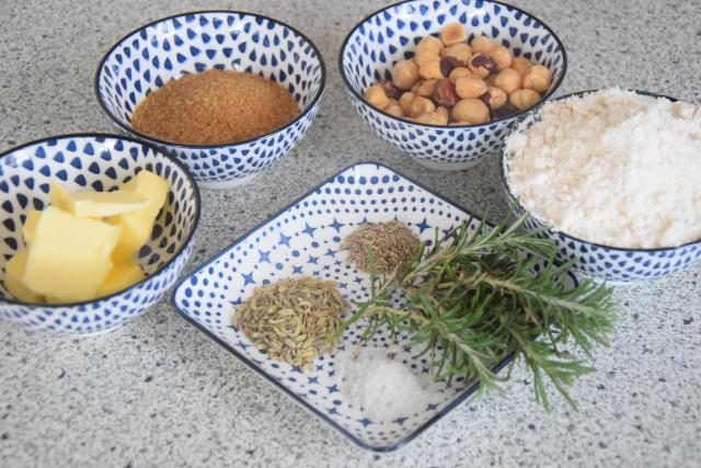 Haselnuss Fenchel Crunch mit Rosmarin (1)