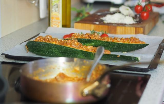 Überbackene Zucchini mit Ragout vom Hühnerklein (2)