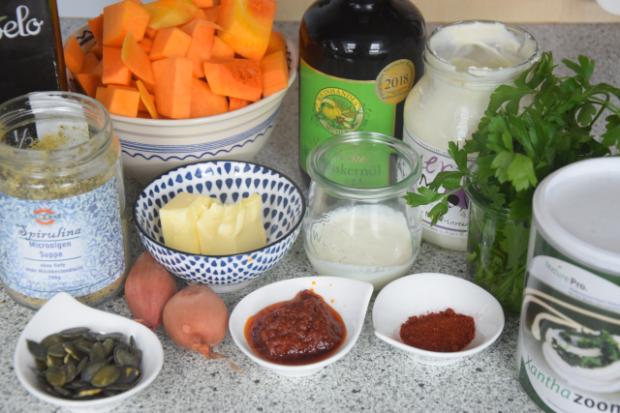 Kürbissuppe auf mediterrane Art (1).png