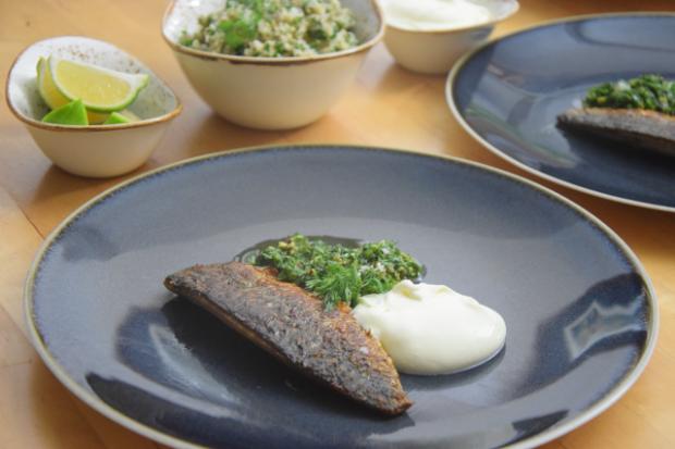 Makrele mit Ingwercreme und Pistazien-Kardamomsalsa (4)