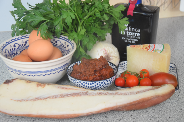 Sofrito-Eierspeise mit Guancale (1)