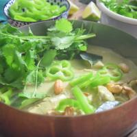 Hühner-Chili-Curry mit schwarzem Reis