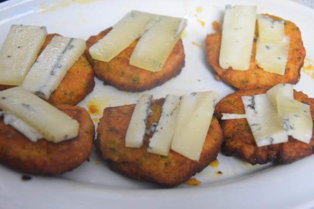 Linsenlaibchen mit Gorgonzola überbacken (3)