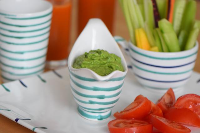 Bohnenspinatpüree mit Gemüsesticks (2)