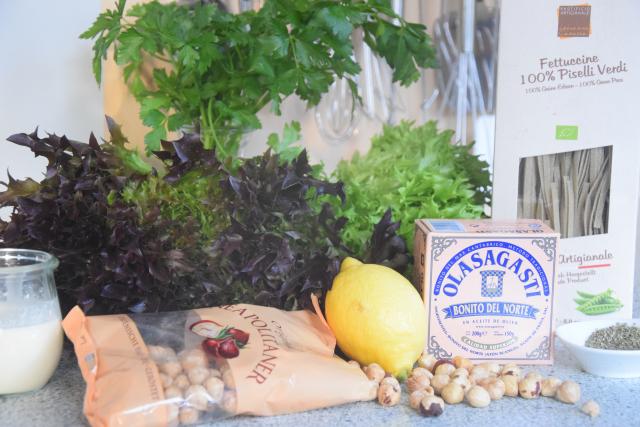 Thunfisch-Haselnuss-Sauce mit Erbsen-Fettucine (1)